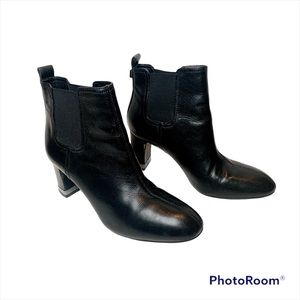 Tory Burch Leather Black Ankle Boots Size 9
